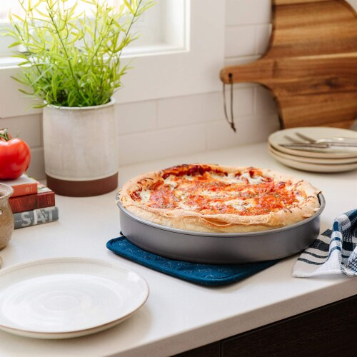 Chef Pomodoro Chicago Deep Dish Pizza Pan Perspective: left
