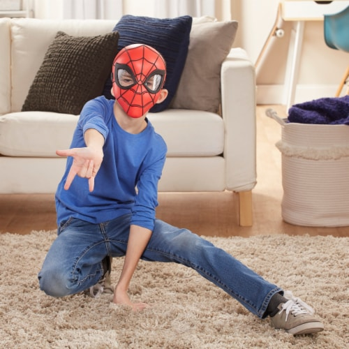 Hasbro Spider-Man Hero Mask Perspective: left