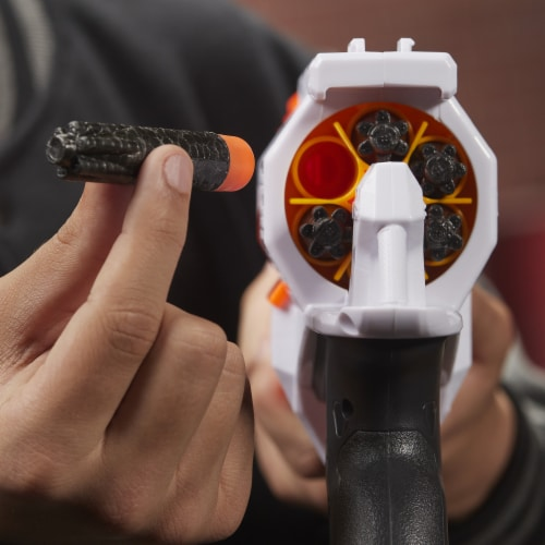 Nerf Ultra Two Blaster Perspective: left