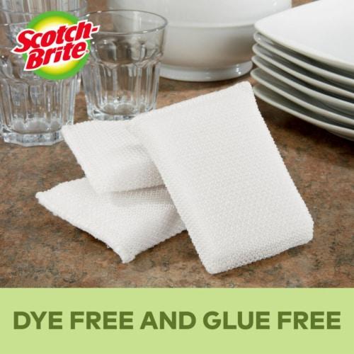 Scotch-Brite™ Greener Clean Non Scratch Scrubbers Perspective: left
