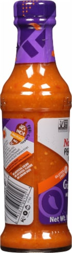 Nando's Garlic Medium Peri-Peri Sauce Perspective: left