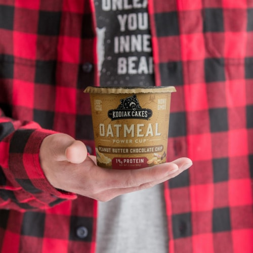 Kodiak Cakes Peanut Butter Chocolate Chip Oatmeal Power Cup Perspective: left
