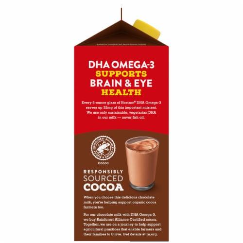 Horizon Organic DHA Omega-3 1% Chocolate Lowfat Milk Perspective: left