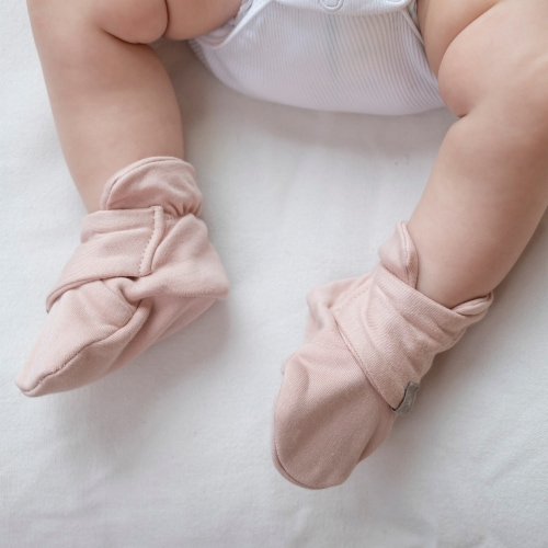 Goumikids Super Soft Organic Stay On Adjustable Baby Infant Booties, 3-6M Rose Perspective: left