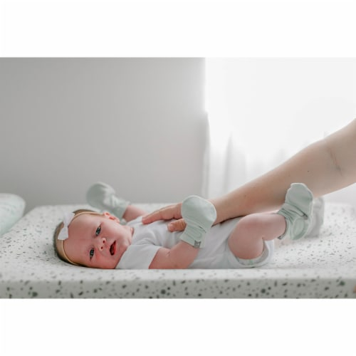 Goumikids Soft Organic Stay On No Scratch Baby Infant Mitts, 3-6M Succulent Perspective: left
