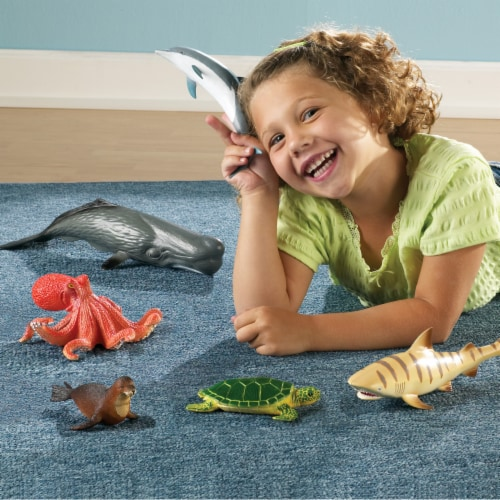 Learning Resources Jumbo Ocean Animals Perspective: left