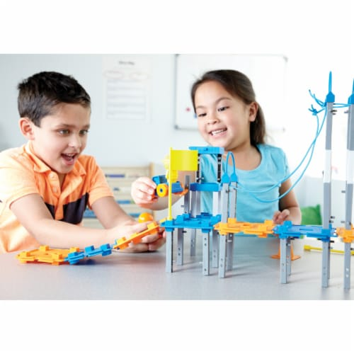 Learning Resources® City Engineering & Design Building Set Perspective: left