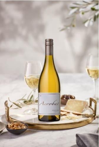 Acrobat Oregon Pinot Gris White Wine Perspective: left