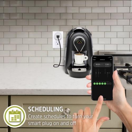 Energizer Connect EIX3-1003-WHT 15-Amp Smart Wi-Fi Plug (Single) Perspective: left