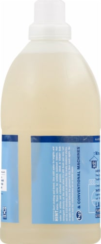 Mrs. Meyer's Clean Day Rain Water Liquid Laundry Detergent Perspective: left