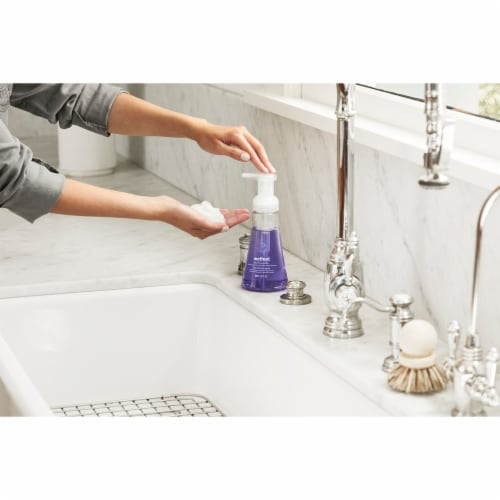Method Green Tea & Aloe Foaming Hand Wash Perspective: left