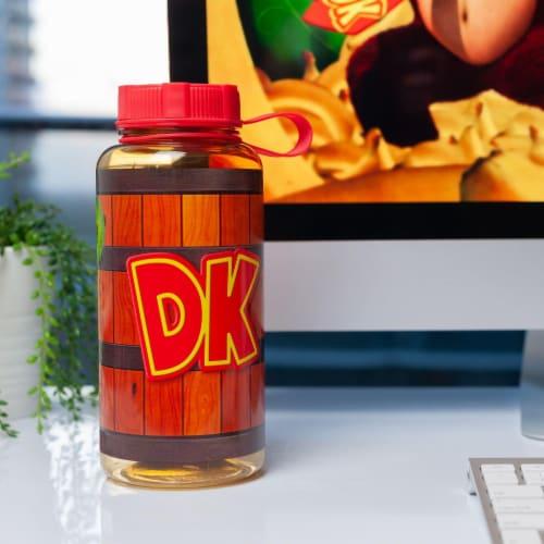 EXCLUSIVE Donkey Kong Water Bottle   Designed to Look Like DK's Barrel   24 Oz. Perspective: left
