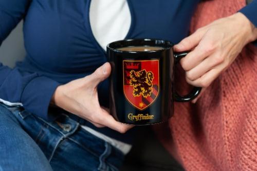 Harry Potter Gryffindor 20oz Heat Reveal Ceramic Coffee Mug   Color Changing Cup Perspective: left