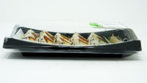 Yummi Sushi Spicy Tuna Roll Perspective: left