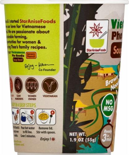 Star Anise Vietnamese Pho Noodle Savory Peanut Soup Bowl Perspective: left