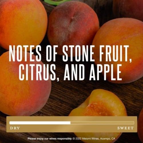 Meiomi Chardonnay White Wine Perspective: left