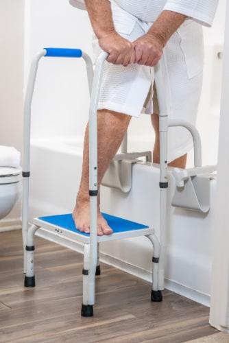 Step2tub Bathtub Safety Steps w/ Handle Perspective: left