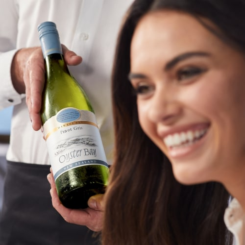 Oyster Bay Hawke's Bay Pinot Gris Perspective: left