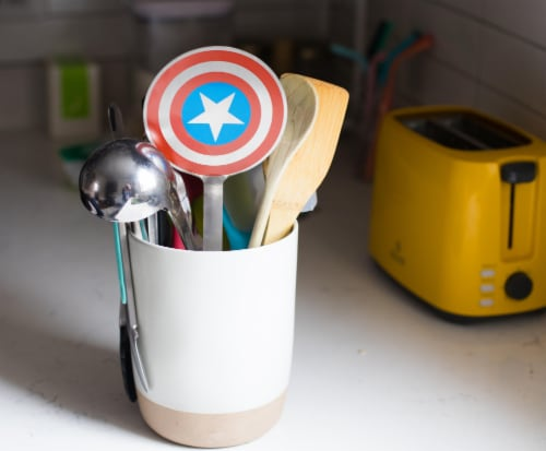 Marvel Captain America Shield Colored Flat Stainless Steel Wide Head Spatula Perspective: left