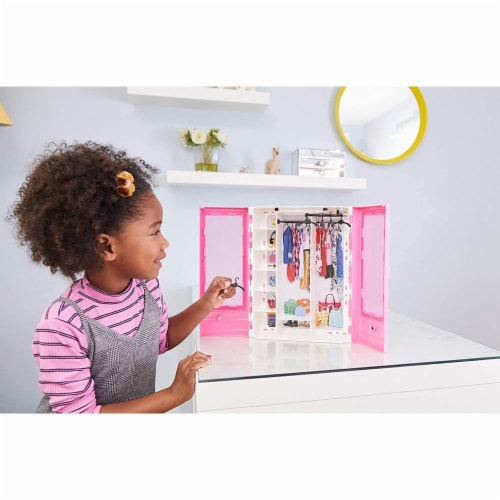 Barbie Fashionistas Ultimate Closet Portable Fashion Toy for 3 to 8 Year Olds Perspective: left