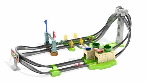 Mattel Hot Wheels® Mario Kart Circuit Lite Track Set Perspective: left