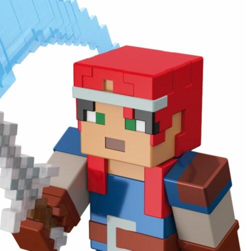 Mattel Minecraft Dungeons 325 Valorie Figure Perspective: left