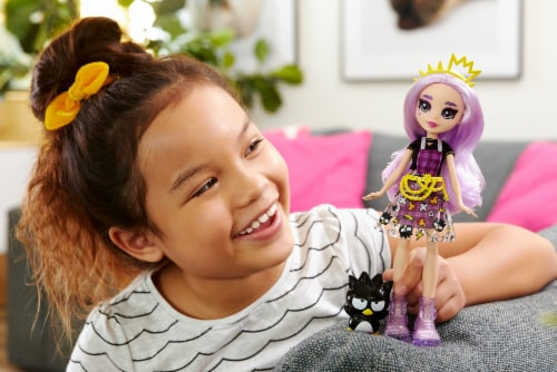Hello Kitty and Friends Badtz-Maru & Jazzlyn Doll Perspective: left