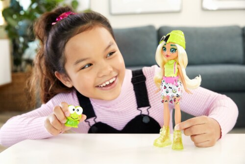 Hello Kitty and Friends Keroppi & Dashleen Doll Perspective: left