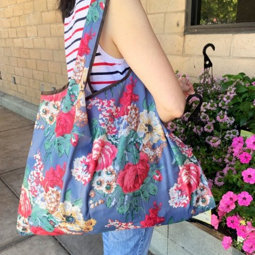Wrapables Large Nylon Reusable Shopping Bag, Hawaiian Fun Perspective: left