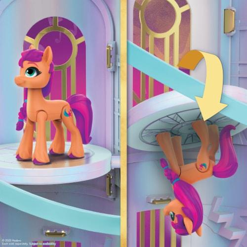 Hasbro My Little Pony: A New Generation Princess Petals & Cloud Puff Royal Racing Ziplines Playset Perspective: left