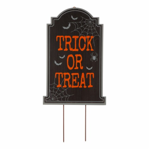Glitzhome Halloween Wooden Tombstone Yard Stake Perspective: left