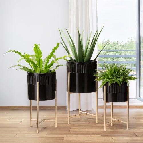Glitzhome Modern Glossy Metal Plant Stands - Black/Gold Perspective: left