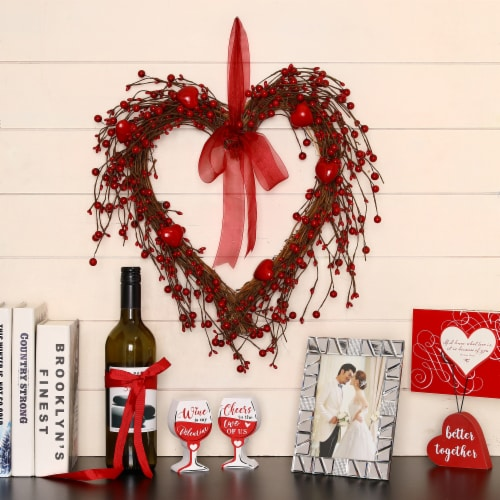 Glitzhome Valentine's Day Berry Heart Wreath Perspective: left
