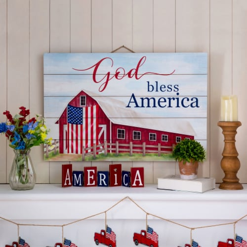 Glitzhome God Bless America Wooden Porch Sign Wall Decor Perspective: left