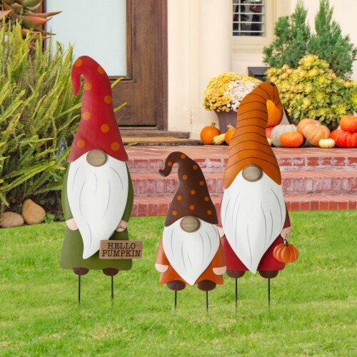 Glitzhome Fall Metal Gnome Family Yard Stake Decor Perspective: left