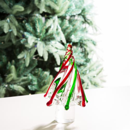 Glitzhome Glass Christmas Tree Table Decoration Perspective: left