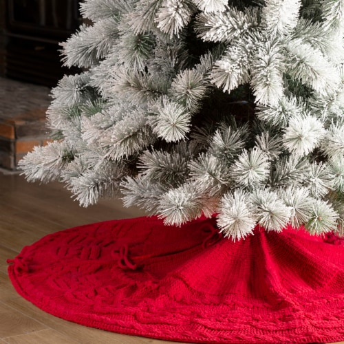 Glitzhome Knitted Polyester Farmhouses Christmas Tree Skirt - Red Perspective: left