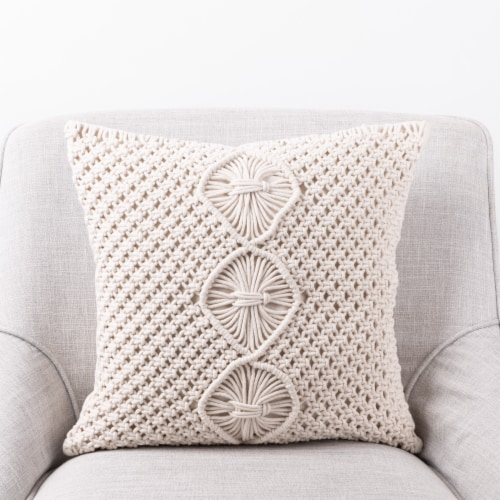 Glitzhome Diamond Handmade Rope Woven Pillow Cover Perspective: left