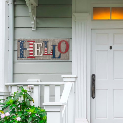 Glitzhome Vintage Metal & Wooden Patriotic Hello Sign Perspective: left