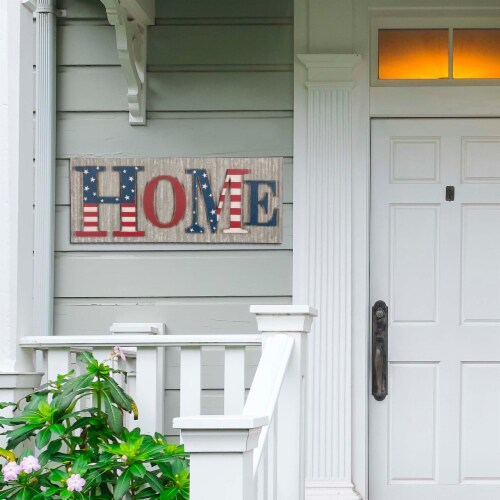 Glitzhome Vintage Metal & Wooden Patriotic Home Sign Perspective: left