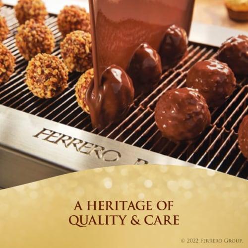 Ferrero Rocher Fine Hazelnut Chocolates Perspective: right