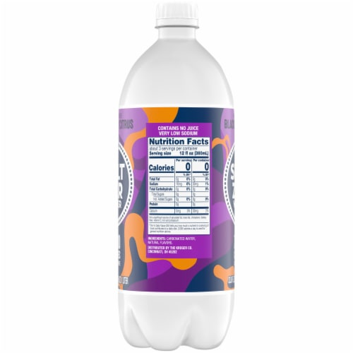 Kroger® Blackberry Citrus Seltzer Water Perspective: right