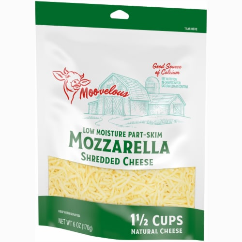 Moovelous Shredded Mozzarella Cheese Perspective: right