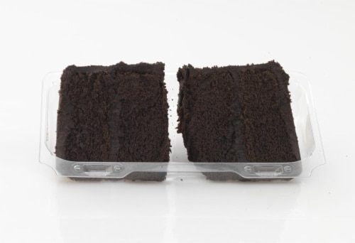 Bakery Fresh Goodness Fudge Cake Slices Perspective: right