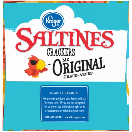 Kroger® Original Saltines Crackers Perspective: right