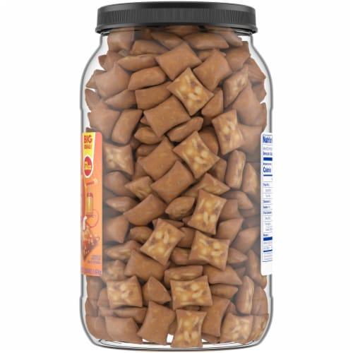 Kroger® Peanut Butter Filled Pretzels Perspective: right