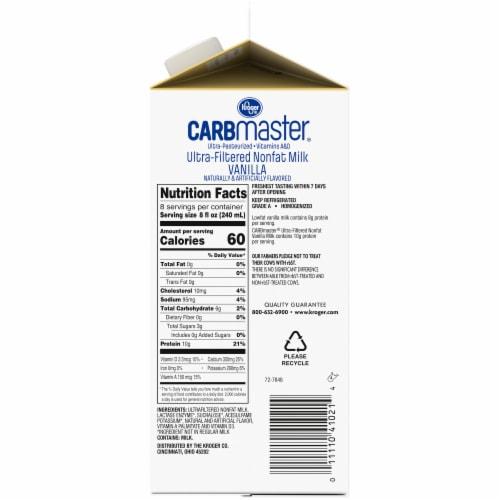 Kroger® CarbMaster® Vanilla Ultra-Filtered Nonfat Milk Perspective: right