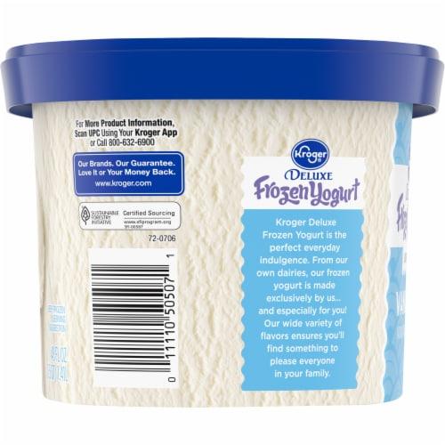 Kroger® Deluxe Lowfat Vanilla Frozen Yogurt Perspective: right