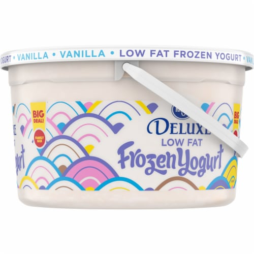 Kroger® Vanilla Low Fat Frozen Yogurt Family Size Perspective: right
