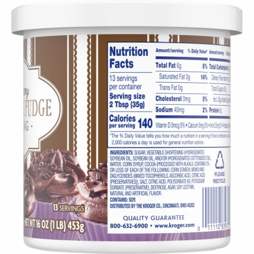 Kroger®  Rich & Creamy Chocolate Fudge Frosting Perspective: right